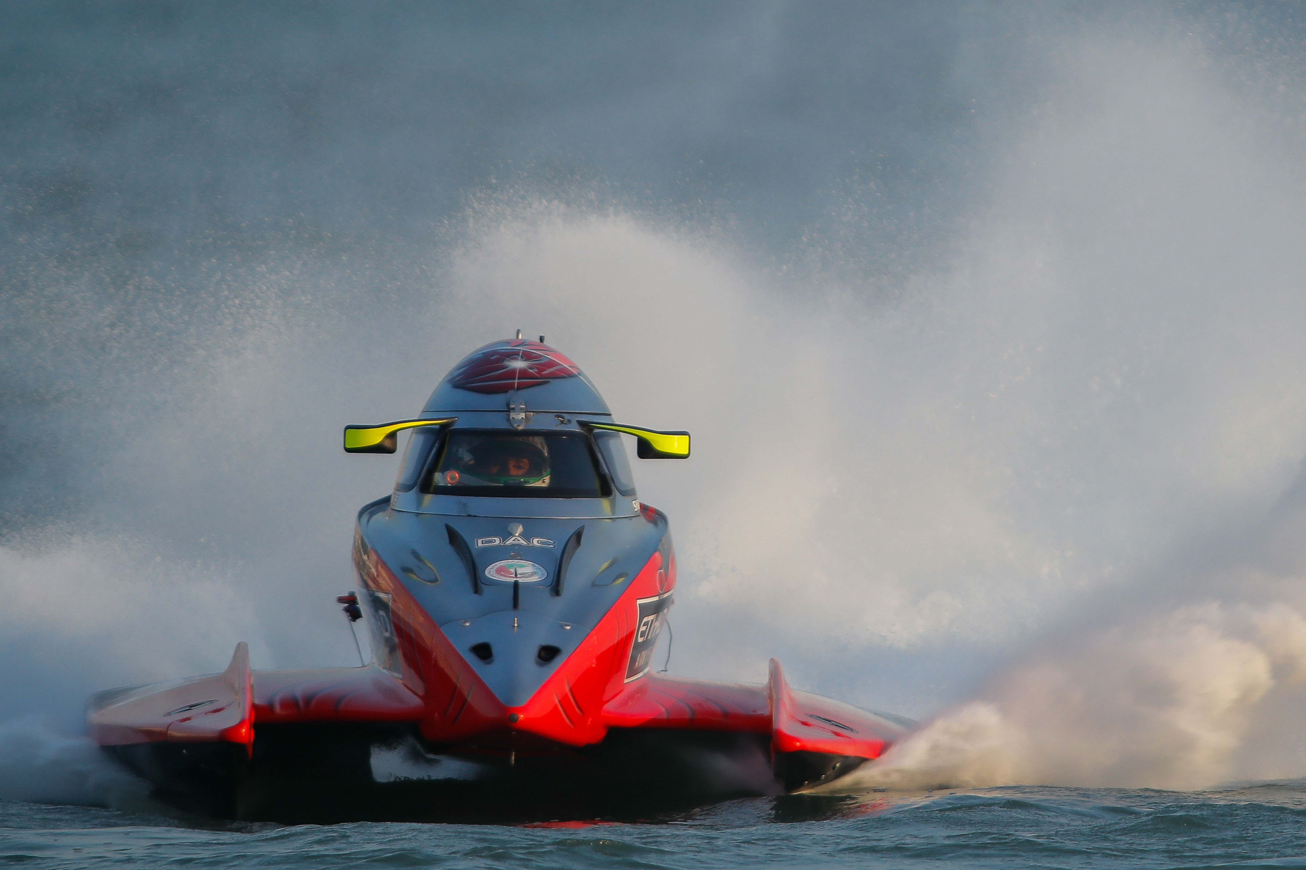 F1H2O UIM World Championship: SHAUN TORRENTE WINS CENSTAR GRAND PRIX OF CHINA AND REGAINS THE LEAD IN THE TITLE